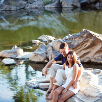 Amy + Taylor // Great Falls Engagement Session