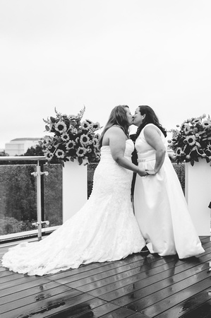Jen + Mo: Wedding PREVIEW   Photos from the Harty